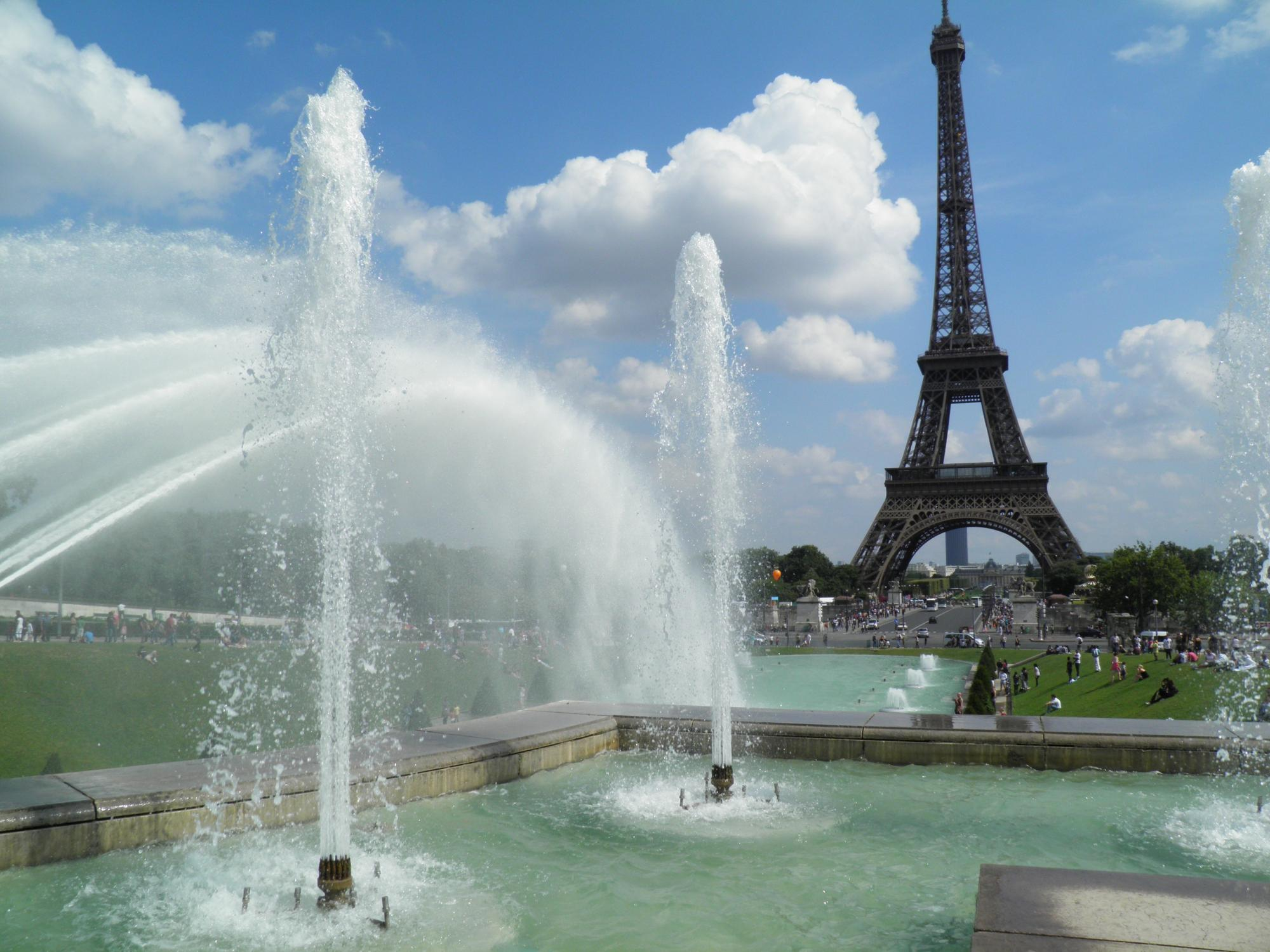 Discover Paris - Vacation package : France Coast to Coast  - Land of France, travel agency in France