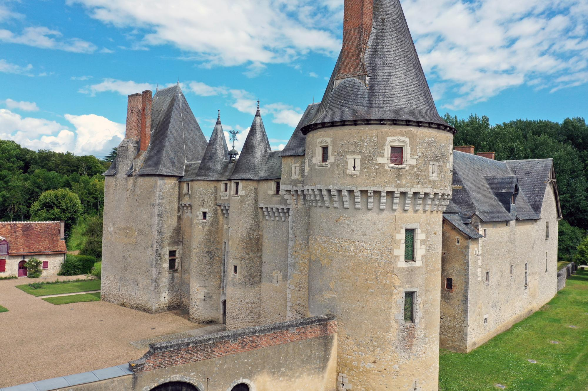 Discover The Valley of Loire - Vacation package : France Coast to Coast  - Land of France, travel agency in France